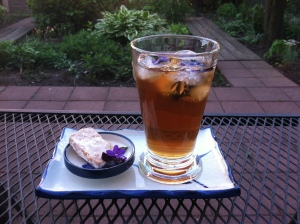 Cold-brewed Bellocq Charleston iced tea with violet ice cubes. Courtesy of my garden table.