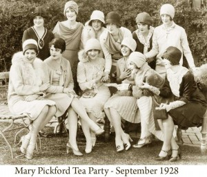 Mary-Pickford-Tea-Party-held-in-September-1928-300x256